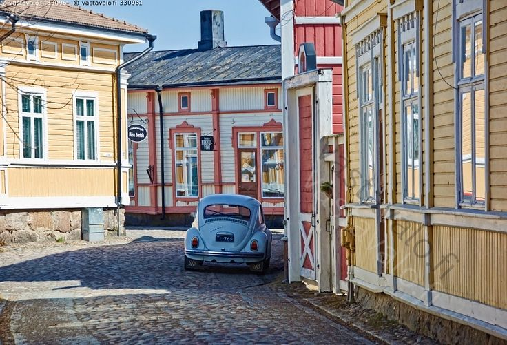 The wooden houses area in the centre of Rauma - so called Old Rauma - has the honour to belong to the World Heritage of UNESCO.