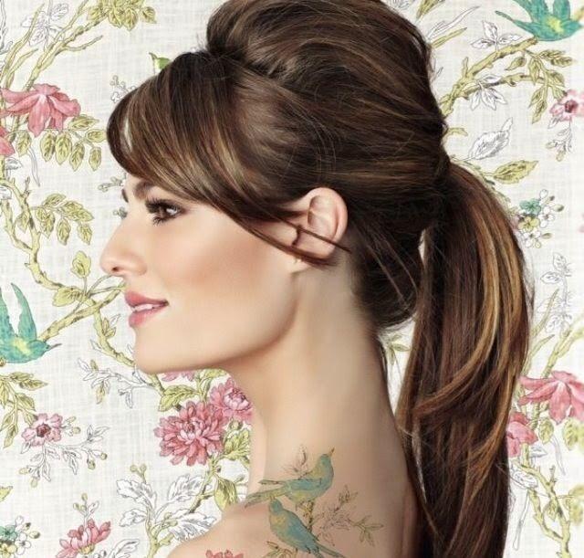 Peinados para vestidos de noche cuello alto
