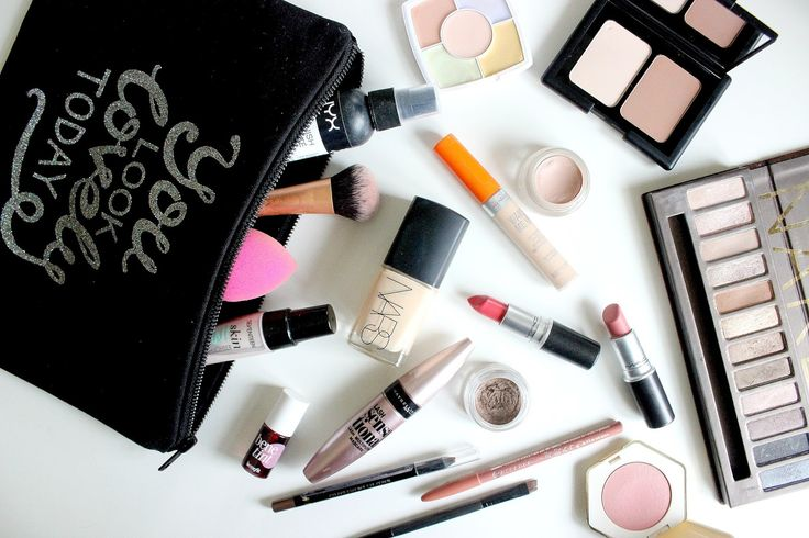 What's In My Everyday Makeup Bag   kate emma loves.                                                                                                                                                                                 Mehr