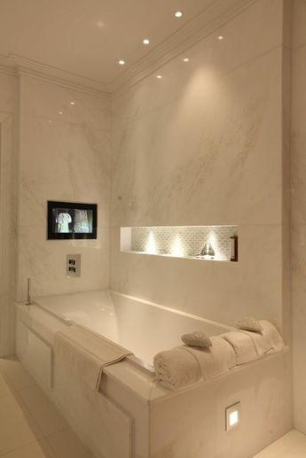 spot led encastrable salle de bain, salle de bain en marbre beige