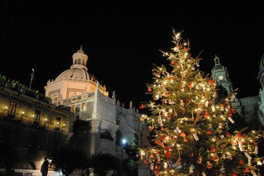 Christmas in Sicily. Photo credit: Leandro Neumann Ciuffo via Flickr.
