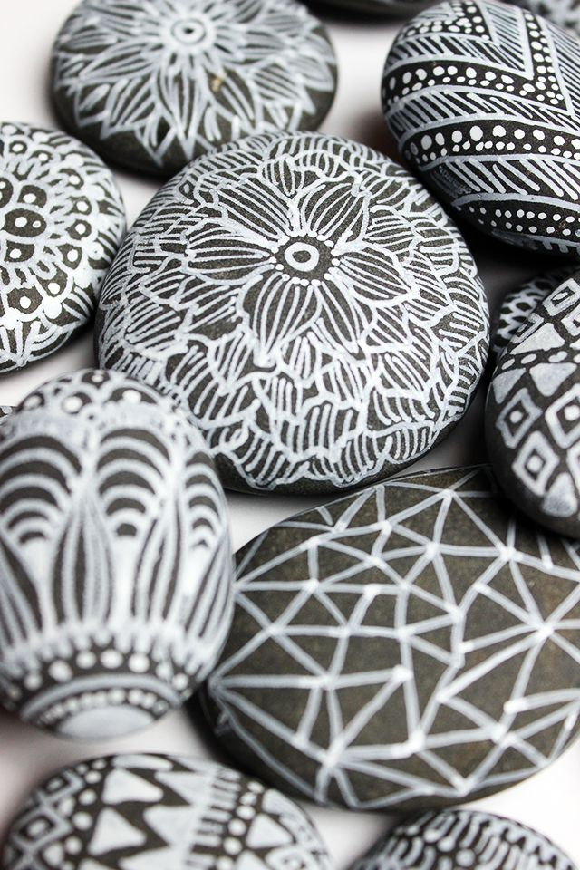 alisaburke: simple treasures: sharpie on rocks