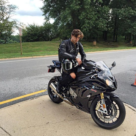 85 Best Bikers Images On Pinterest Biker Gear Bike Leathers And