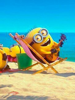 Minion @ the beach