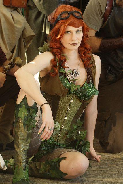 Poison Ivy steampunk cosplay.