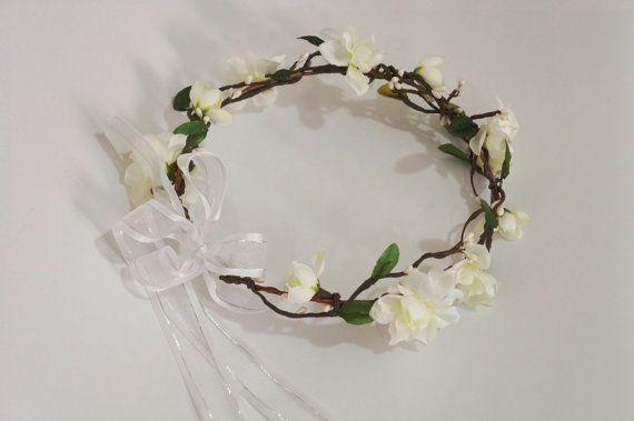 Flower Crown  Cream Stock White pip berries by AliceThorWeddings