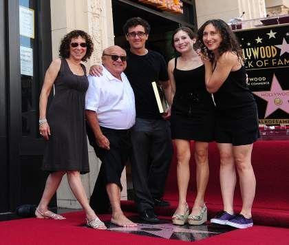 Danny DeVito's wife and kids