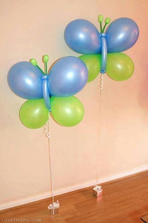 Mariposas hechas con globos redondos y de tubito. #FiestasInfantiles