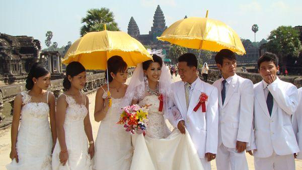 Mariages pour les mariées asiatiques ou