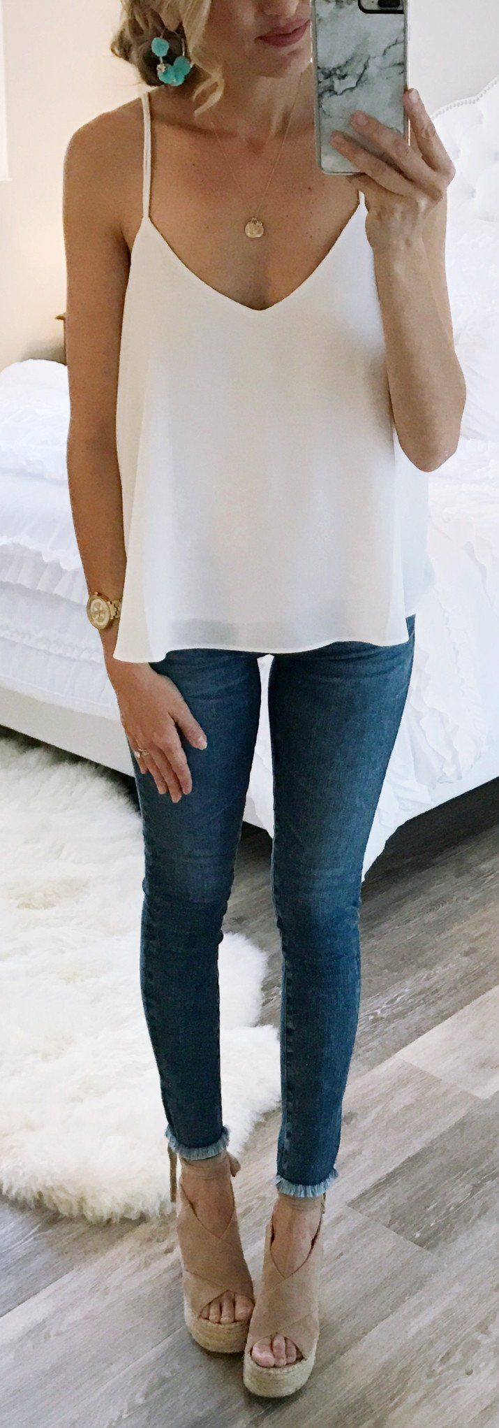 #spring #outfits  White Top & Skinny Jeans & Beige Suede Platform Sandals