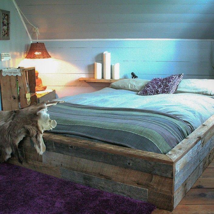 Base de lit bois de grange | Espace-Bois Inc.