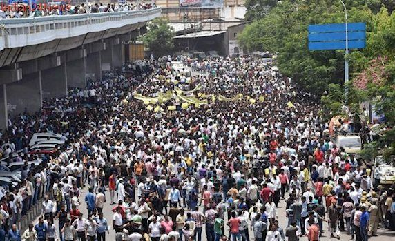 Surat's textile traders protest against GST in a mass rally