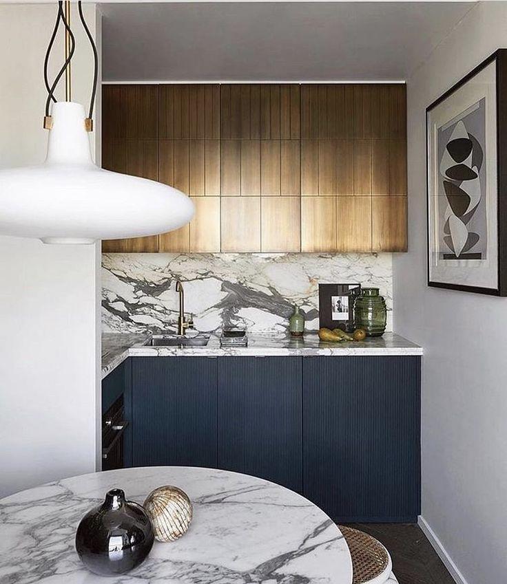 613 best Kitchens images on Pinterest Contemporary unit kitchens - maison en beton banche