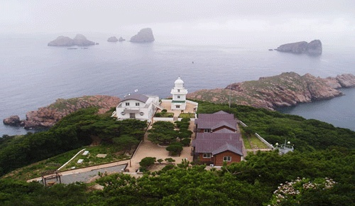 Lighthouses of South Korea: Sinan and Mokpo, Hongdo