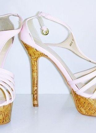 Kaufe meinen Artikel bei #Kleiderkreisel http://www.kleiderkreisel.de/damenschuhe/hohe-schuhe/48278126-sexy-korkstilettos-in-rosanude-neu-15cm-absatz