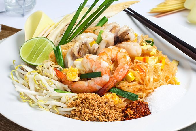 Жареная тайская лапша Пад Тай