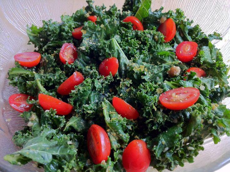 RAW FOOD RECIPES  *Digestive Friendly* Cheesy Miso Kale Salad