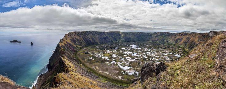 Isla de Pascua, Chile - Recorrer en bicicleta Rapa Nui -   Comparte tus sueños viajeros en nuestra red social y conéctate con otros viajeros en www.faro.travel