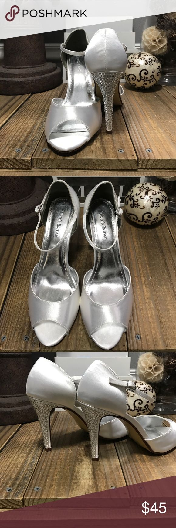 """👰 Davids Bridal Satin & Bling Heels NWOT Who Loves 😍 these Shoes? I Do 💍 Brand New Never Worn. Davids Bridal satin shoe, perfect for dying. 3"""" heel. Size 11 (better for 10- 10 1/2). No Box, sorry! But I do have protective shoe bags for them. Davids Bridal Shoes Heels"""