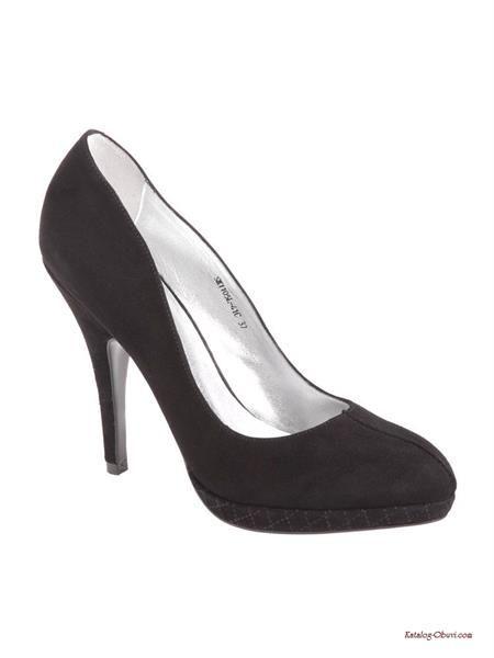 Чёрные женские туфли