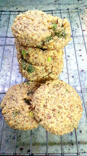 Healthy Savory Scone recipe. So delicious and soft! Using almond flour and natural ingredients.