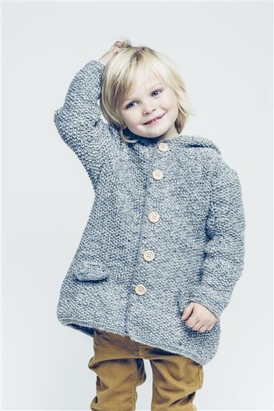 1501: Modell 9 Jakke med hette #sisu #strikk #knit