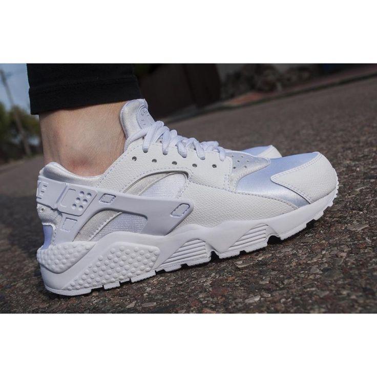 Nike wmns air huarachae run 634835-106 - Sneakersy damskie - solome.pl