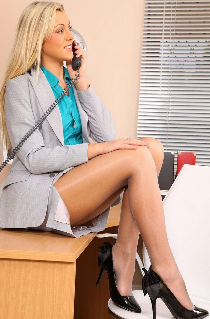 Utube pantyhose lesbian office