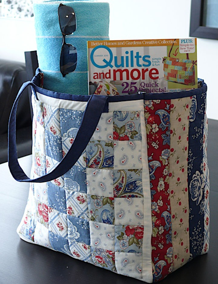 Use different fabrics.  Tutorial.  Moda Bake Shop: Clermont Farms Quilted Tote Bag