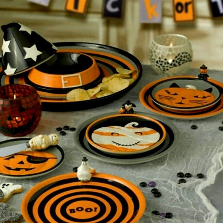 Furniture Excellent Creative Tableware Designs Ideas With Halloween Themed Dinnerware Set Featuring Colorful Funny Monster Pattern Mesmerizing Tableware ... & 26 best Halloween Plates and Napkins images on Pinterest | Halloween ...