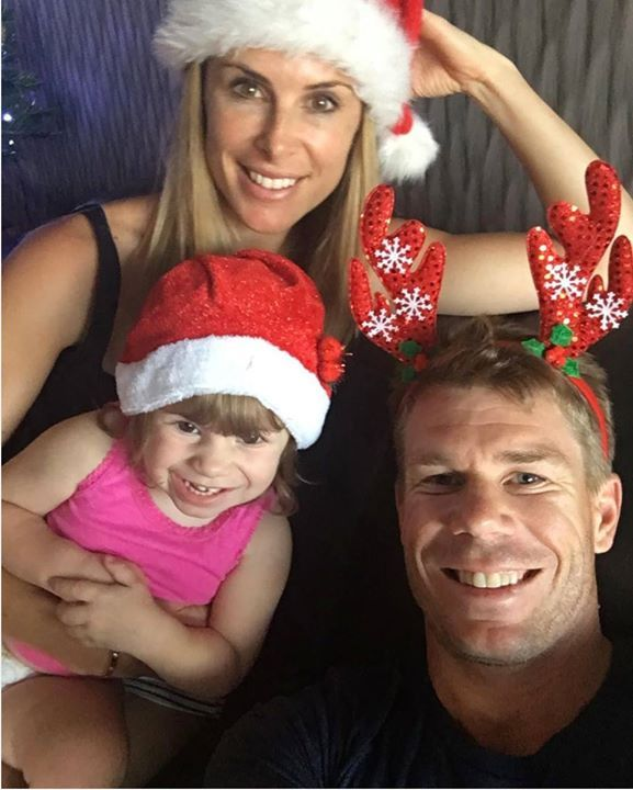 David Warner and family wishes their fans #MerryChristmas  For more cricket fun click: http://ift.tt/2gY9BIZ - http://ift.tt/1ZZ3e4d