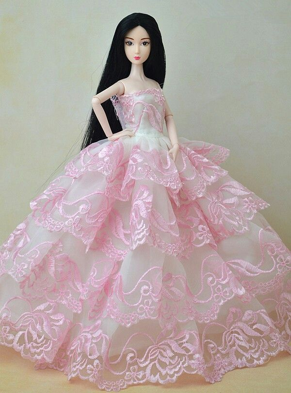 562 best Barbie Beautiful Pink Gowns images on Pinterest | Barbie ...