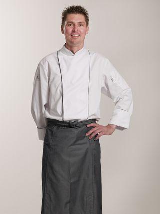 Patrick Lusink, horeca, representatieve bedrijfskleding, kostuum, werkkleding, kokskleding, koksbuis, sloof, hotel, restaurant, Rabobank, serveerster, beroepskleding