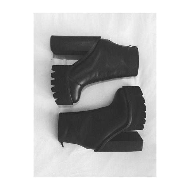 Lauren Elizabeth with the Jeffrey Campbell Famous Boot || Get the boots: http://www.nastygal.com/shoes/jeffrey-campbell-famous-boot?utm_source=pinterest&utm_medium=smm&utm_term=ngdib&utm_content=omg_shoes&utm_campaign=pinterest_nastygal