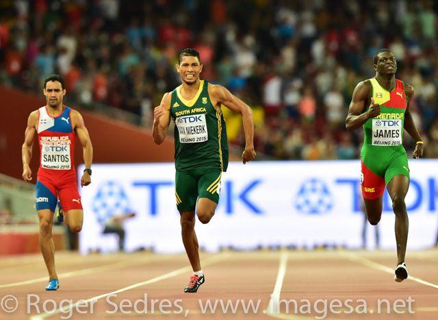 Wayde van Niekerk conquers the 400m in Beijing