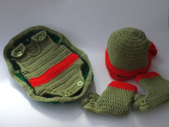 Pattern to Crochet Baby a Teenage Mutant Ninja Turtle Outfit (first size)