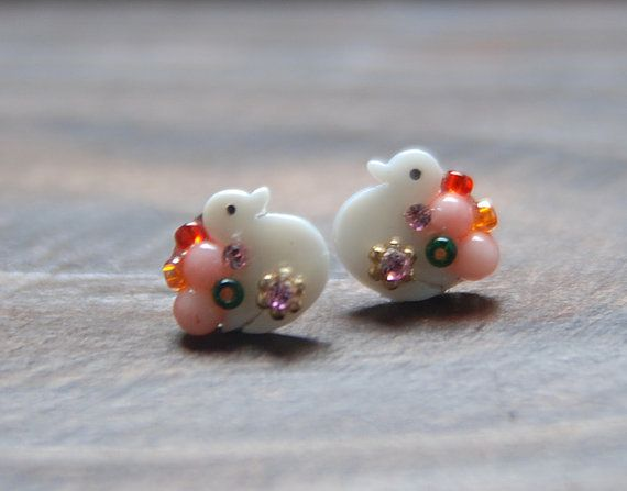 Cute duck shellcrystal mix earring. beads jewelry. by bijouroom, $18.00