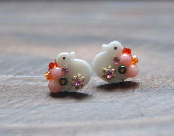 Cute duck shellcrystal mix earring. beads jewelry. by bijouroom, $18.00