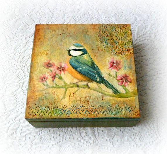 Contenitore in legno decoupage scatola dipinta di CarmenHandCrafts