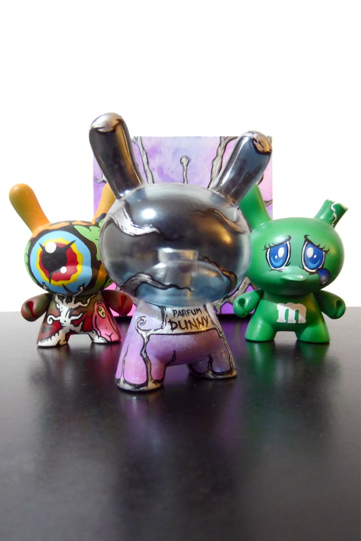 "From my (street) art collection ● The Dunnies of the senses: 3 × 3″ custom dunny family symbolizing (from left to right) sight with ""ZuEyetree"" (Zukaty, 2011), smell with ""Perfume Dunny"" (Ardabus Rubber, 2011), and taste with ""mmDunny Green"" (FullerDesigns, 2011)."