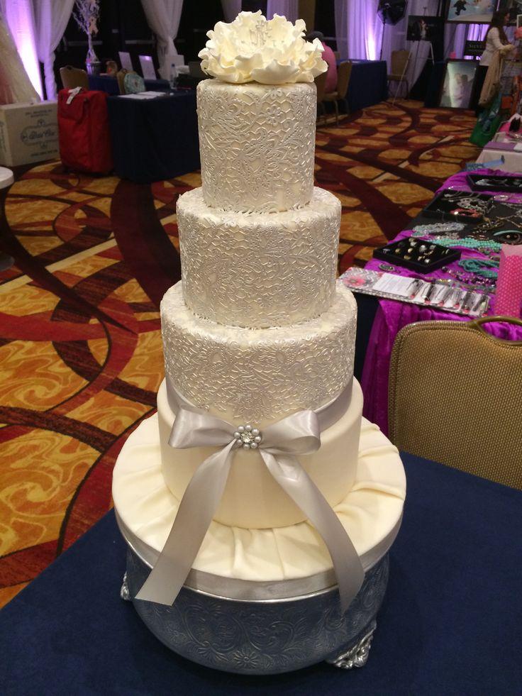 Bridal Show Wedding Cake Sugar Lace Noel S Bakery