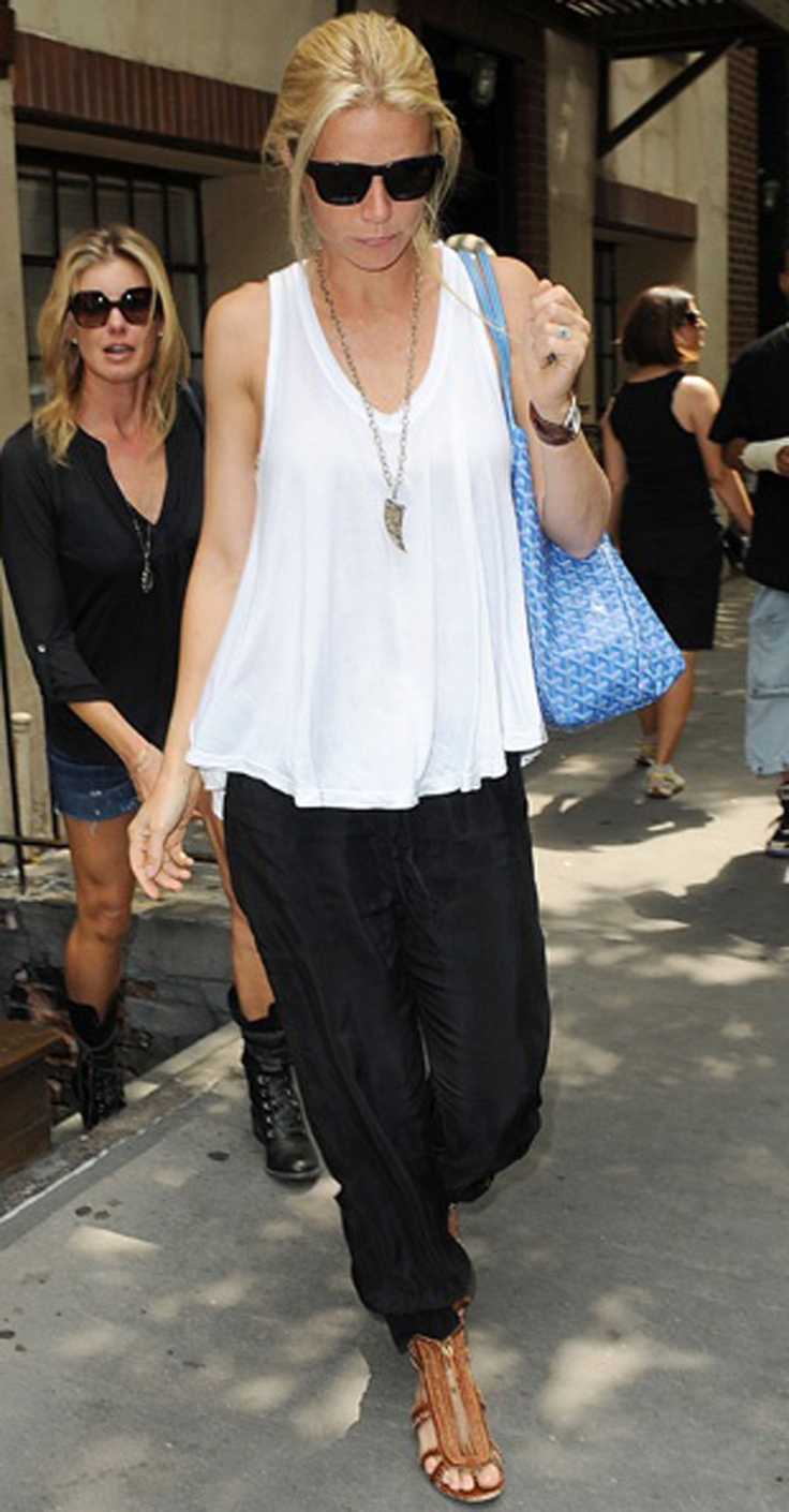 Gwyneth Paltrow I like this top. I think it would look good with skinny jeans.