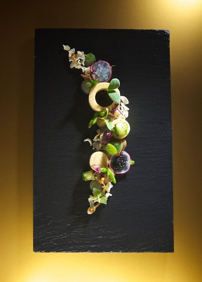 Pippens Suushi 1 by Fons Meesters on 500px L'art de dresser et présenter une assiette comme un chef de la gastronomie...