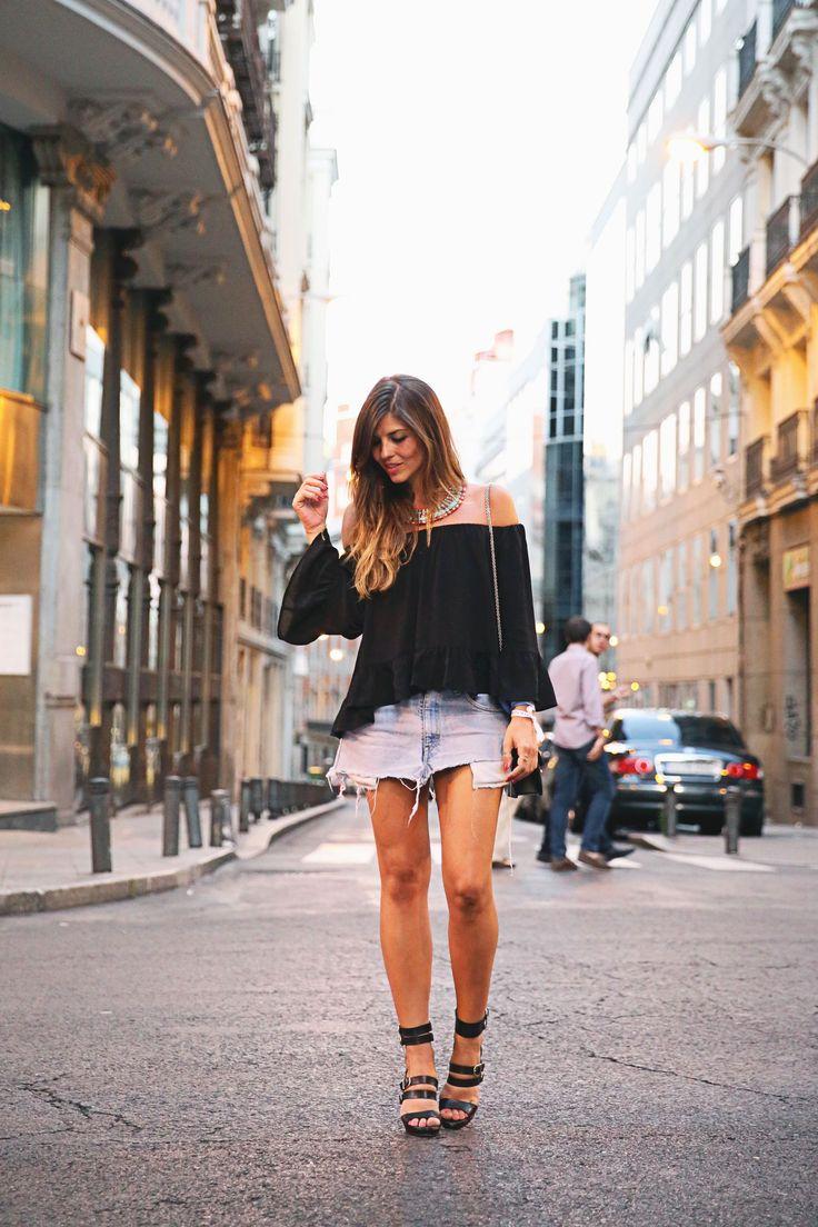 Blusa/Blouse: Zara (SS 15) Falda/Skirt: Levi´s DIY Bolso/Bag: Valentino