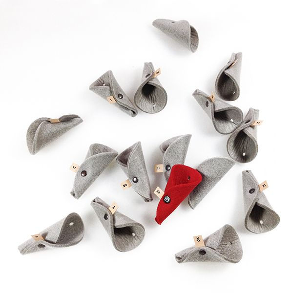 Xmas PUPPI - small felt advent calendar