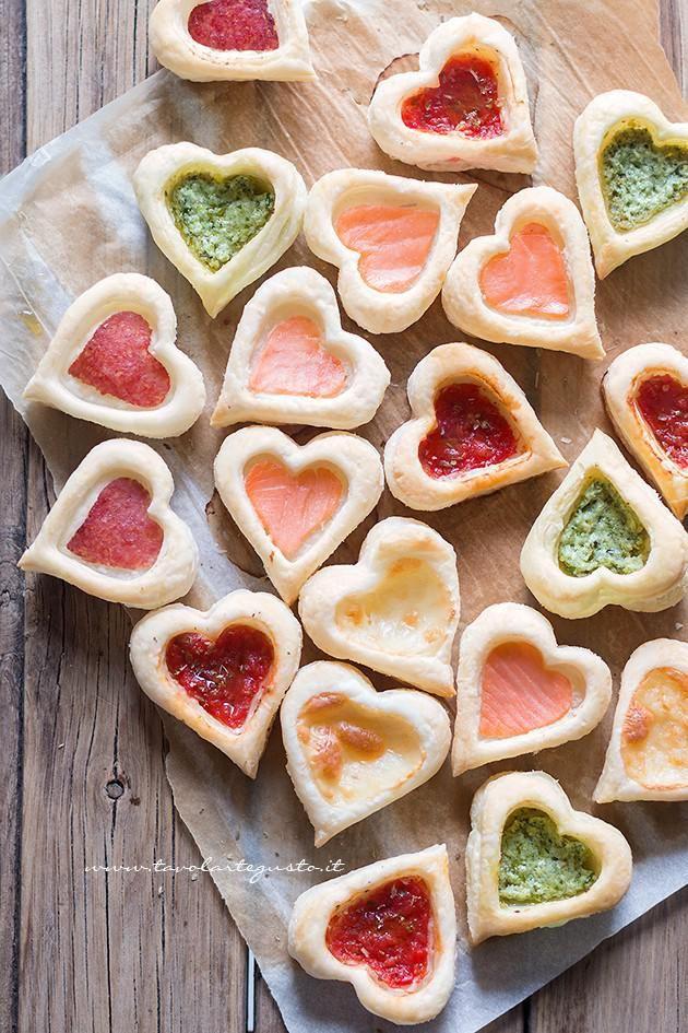 Cuori di pasta sfoglia, facili, golosi, mille gusti - Ricetta Cuori di Pasta Sfoglia