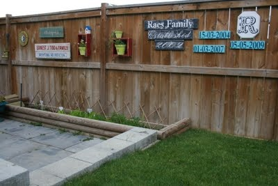 1000 Images About Wooden Fence Decor On Pinterest Yard