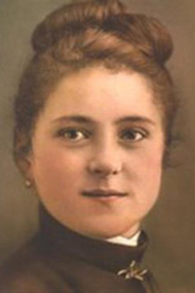 """St Therese of Lisieux - the Little Flower """"I do not regret having offered myself as a victim of love"""""""