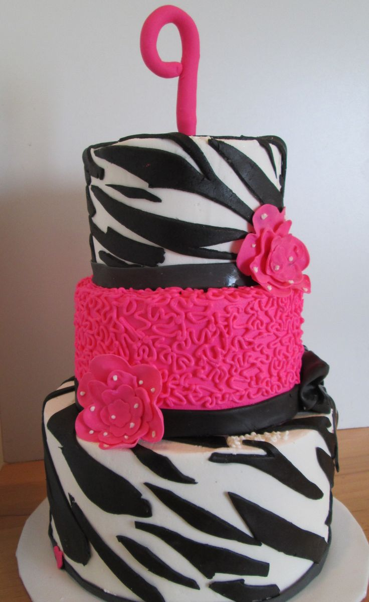 25+ Best Ideas about Zebra Birthday Cakes on Pinterest ...