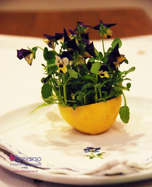 segnaposto+tavola+pasqua+limone+fiori+violette